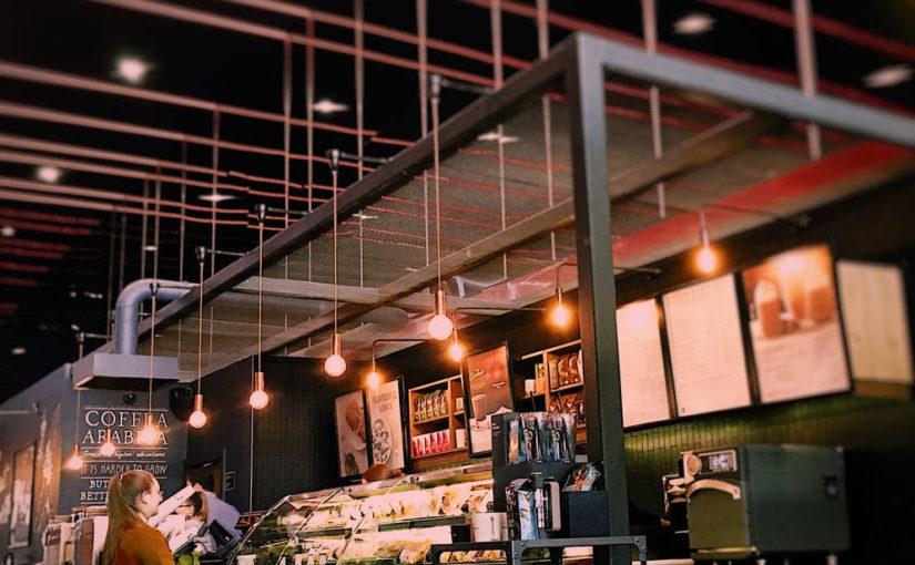 Installation, dépannage électrique, les prestations des professionnels pour commerçants